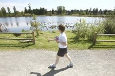 Lake Hills Greenbelt Walk:  Blueberries, farm stand and pretty little lakes in suburban Bellevue.  5 miles round trip.