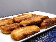 Gerecht printenPisang Goreng ( oftewel gebakken banaan ), aanbevolen voor als tussendoortje of nagerecht. Dit heerlijke Indonesische recept is al in 20 min klaar! Benodigdheden 1 gele banaan 4 eetlepels rijstemeel water koffiemelk olie Bereiding De banaan schillen en in drie stukken snijden. Snijd deze stukken in de lengte in 3 of 4 plakken Maak …