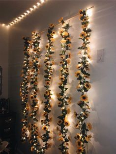 ❌❌SELLING THIS❌❌DM me on insta if interested Sun flower hanging wall decors, green garland, bohemian, yellow aesthetic Bedroom ideas Sunflower wall decor