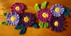Attic24 Crochet Daisy {free pattern}