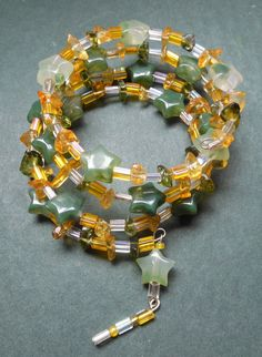 Memory Wire yellow and green Beaded Bracelet by RedRadishStudio, $14.95 Wire, Beaded Bracelets, Memories, Jewellery, Studio, Yellow, Green, Handmade, Hand Made