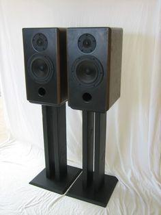 Custom DIY Speaker Stands For Less