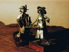 de et Duo of and と の Copper Poland, Bookends, Copper, Dolls, Painting, Decor, Baby Dolls, Decoration, Puppet