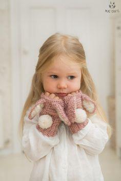 Bunny Lola warmers Crochet pattern by Muki Crafts Bunny Lola warme. Bunny Lola warmers Crochet pattern by Muki Crafts Bunny Lola warmers Crochet Bunny Pattern, Cute Crochet, Crochet For Kids, Easy Crochet, Crochet Baby, Knit Crochet, Crochet Rabbit, Dishcloth Crochet, Crochet Humor