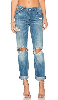 Jeans make up such a large part of our wardrobes. They are the go to staple for both casual, what I call casual chic and the all important Saturday night look. The important thing here is how flattering are your jeans? Flare leg is good on everybody. Skinny…well… most of us have hips of some …