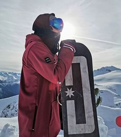 Indyslopestyle Mens Prep Tech Snowboard Hoodie – ALL SEASON 8K Waterproof, 100% Windproof. Snowboard Hoodies, Most Beautiful Pictures, Cool Pictures, Snowboarding, Canada Goose Jackets, Prepping, Indie, Winter Jackets, Tech