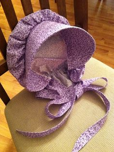 Pioneer bonnet-nice tutorial. The Waag Blaag  JAN  !!   IF YOU DON'T WANT A HAT  HOW ABOUT YOUR OLD TIME BONNET TO WEAR IN GARDEN ???