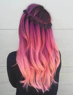30 Trendy Hairstyles for Fall - Stylish Fall Hair Color Ideas . Cute Hair Colors, Beautiful Hair Color, Hair Dye Colors, Ombre Hair Color, Cool Hair Color, Pastel Ombre Hair, Cool Hair Dyed, Red Ombre, Pink Color