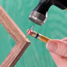 #woodworkingplans #woodworking #woodworkingprojects How to Hammer Small Nails, & Not your Fingers.
