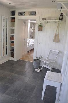 gray floor for mudroom