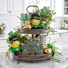 Style At Home, Hollywood Regency, Seasonal Decor, Holiday Decor, St Patrick's Day Decorations, St Patrick's Day Crafts, Tiered Stand, St Paddys Day, Tray Decor