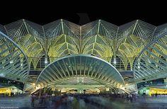 Orient Station in Lisbon, Portugal. / Estación de Oriente en Lisboa, Portugal.