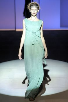 Alberta Ferretti Spring 2009 Ready-to-Wear Collection Photos - Vogue