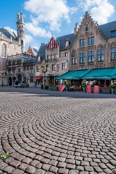 Bruges, the capital and largest city of the province of West Flanders in the Flemish Region of Belgium.
