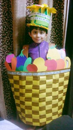 New fruit basket diy kids ideas Halloween Fruit, Healthy Halloween, Pink Fruit, New Fruit, Fruit Costumes, Diy Costumes, Costume Ideas, Halloween Costumes, Vegetable Costumes