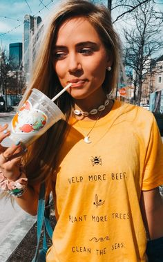 Womens Fashion T Shirts wholesale – Outfits Boards Pictures School Looks, Womens Fashion Online, Latest Fashion For Women, Pajamas For Teens, Vsco, Summer Outfits, Girl Outfits, Hipster Outfits, Stylish Outfits