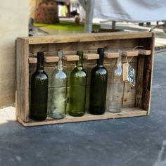 Leuk wijnrek voor aan de wand. Bestel hem nu via www.alshetmaarvanhoutis.nl