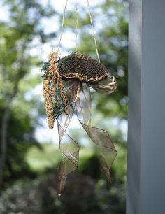 Natural Sunflower Birdfeeder