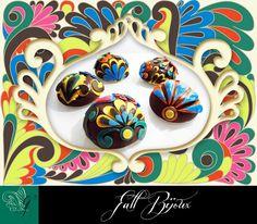 little jewel desserts with green velvet cake, apple and chocolate cream