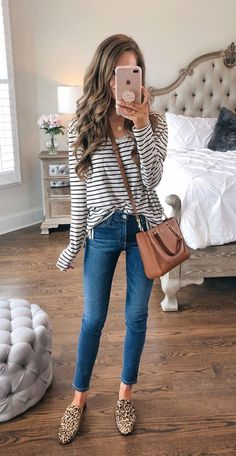 this striped top with leopard shoes and crossbody bag is the perfect mom outfit or casual Friday outfit! this striped top with leopard shoes and crossbody bag is the perfect mom outfit or casual Friday outfit! Casual Friday Outfit, Friday Outfit For Work, Preppy Fall Outfits, Fall Winter Outfits, Spring Outfits, Trendy Outfits, Cute Outfits, Casual Mom Outfits, Casual Fridays