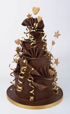 creative wedding portraits | Chocolate Wedding Cakes for the Cocoa Lovers…