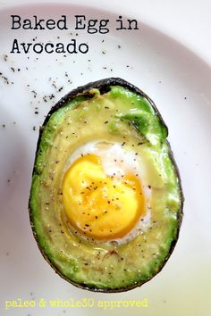 Baked Egg in Avocado, perfect breakfast! could add bacon crumblies or cheese, too. Bake at 425 for minutes. I hate avocado but I loved this! Healthy Breakfast Recipes, Healthy Snacks, Healthy Eating, Healthy Recipes, Dinner Healthy, Avocado Recipes, Vegetarian Recipes, Cooking Recipes, Low Carb Avocado