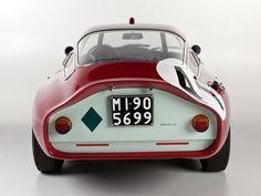 """Alfa Romeo Giulia TZ Coupe Le Mans Capo progettista Giuseppe Busso ha dichiarato: """"La TZ1 è il risultato dell'evoluzione del concetto di una macchina da corsa 1500cc che risale al 1955 che è anche prima della SZ."""""""
