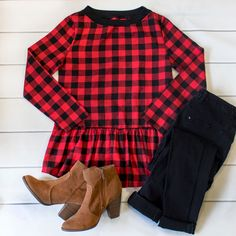 Buffalo Plaid Peplum Plaid Outfits, Winter Outfits, Cool Outfits, Men's Outfits, Family Christmas Outfits, Christmas Fashion, Christmas 2017, Long Tunic Tops, White Tee Shirts