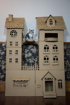 Woman Spends Rainy Day Building A Palace For Her Cat
