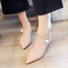 Faux Leather Pointed-Toe Flats Featuring Gold Ankle Chain With Pearl Embellishment - Pure Color Pointed Toe PU with Pearls Flats - Lace Up Heels, Pumps Heels, Stiletto Heels, Gold Ankle Chain, Studded Heels, Pointed Toe Flats, Girls Shoes, Shoes Women, Sneakers Women