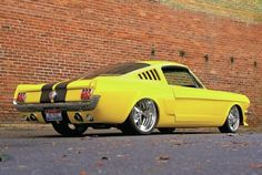 Ford Mustang 1965, Ford Mustang Shelby Cobra, Ford Mustang Fastback, Ford Mustangs, Mustang 65, Yellow Mustang, Ford Gt, Shelby Gt500, Pony Car