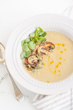 Get the recipe for this delicious vegan Jerusalem Artichoke Soup with Mushrooms and Watercress. | Find the recipe at DeliciousEveryday.com