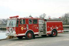 Newport RI FD  Engine 2
