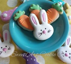 """187 Likes, 7 Comments - Heather Impson (@sweetartcookieco) on Instagram: """"I do love me some minis!  . . #eastercookies #easterbasketideas #easterminis #easterminicookies…"""""""