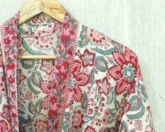 Cotton Kimono, Cotton Fabric, Festival Outfits, Festival Clothing, Kimono Design, Bridal Party Robes, Kimono Jacket, Kimono Fashion, Printed Cotton
