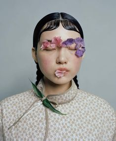 One of my favorites and excited to share - amazing photographer casting an eye on contemporary China Beauty Portrait, Portrait Poses, Portrait Photography, Fashion Photography, Creative Portraits, Foto E Video, Editorial Fashion, Beauty Editorial, Beauty Hacks