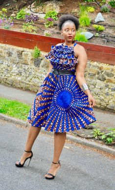 Best African Dresses, African Traditional Dresses, Latest African Fashion Dresses, African Print Dresses, African Print Fashion, African Attire, Skirt And Top Set, Ideias Fashion, The Dress