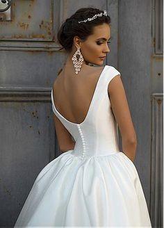 Buy discount Marvelous Satin Bateau Neckline Ball Gown Wedding Dress at Dressilyme.com