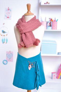 Qu'est ce qu'on fait avec une chute de polaire ? Une jupe porte feuille sans couture !!!
