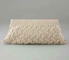 Macramé purse