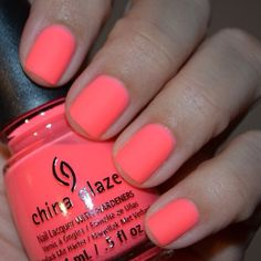 I am obsessed with this colour - does anyone know the name? It looks like it has a matte finish! Hair Health And Beauty, Hair Beauty, Coral Nails With Design, China Nails, Nail Tattoo, Nail Games, Nail Bar, Stylish Nails, All Things Beauty