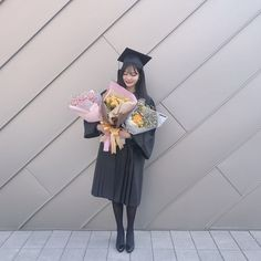 Ulzzang Couple, Ulzzang Girl, Dont Touch My Phone Wallpapers, Age Of Youth, Korean Photo, Graduation Photoshoot, Cute Korean Girl, Graduation Pictures, Japan Girl