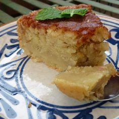 Supersaftig riven äppelkaka Sandro, Cornbread, Pie, Ethnic Recipes, Desserts, Food, Millet Bread, Torte, Tailgate Desserts