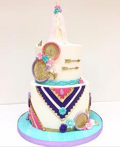 Happy Birthday Hippie, 21st Birthday, Birthday Parties, Birthday Cakes, Baby Shower Centerpieces, Baby Shower Decorations, Bohemian Cake, Baby Shower Cakes Neutral, Baby Shower Photo Booth