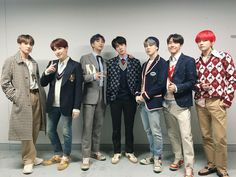 Image shared by Joha Bautista. Find images and videos about kpop, bts and jungkook on We Heart It - the app to get lost in what you love. Seokjin, Namjoon, Jhope, Bts Bangtan Boy, Bts Jimin, Bts Taehyung, Bts 2018, Foto Bts, Jikook