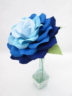 Giant Paper Flower/ Ombre Paper Rose/Wedding by LandofFlowers Paper Flower Centerpieces, Paper Flowers Craft, Paper Decorations, Flower Crafts, Diy Flowers, Diy Centerpieces, Wedding Decorations, Floral Backdrop, Paper Flower Backdrop