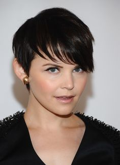 Liking these kinds of hair styles lately. Seriously considering chopping it all off!