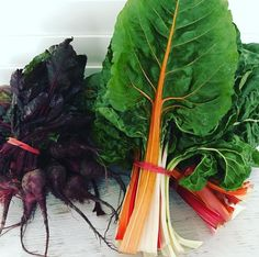 Beautiful Beetroot bunches and crisp vibrant chard arrived from the team @penfreshorganic today thanks. Loaded with good stuff did you know beetroot is anti-inflammatory and supports the bodies detoxification process. And chard helps the body regulate blood sugar levels and also has anti inflammatory and antioxidant properties not to mention it also supports good bone health. Body Detoxification, Regulate Blood Sugar, Blood Sugar Levels, Good Bones, Bone Health, Beetroot, Bodies, Crisp, Plant Leaves