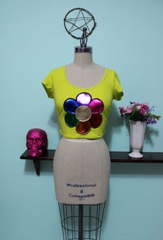 90s Style Rainbow Daisy Crop Top - Lisa Frank Inspired Applique