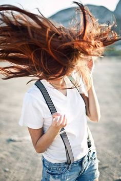 i want this red hair, white tee and suspenders! Wind In My Hair, Her Hair, Redheads, Beautiful People, Style Me, Hair Beauty, Long Hair Styles, How To Wear, Photos